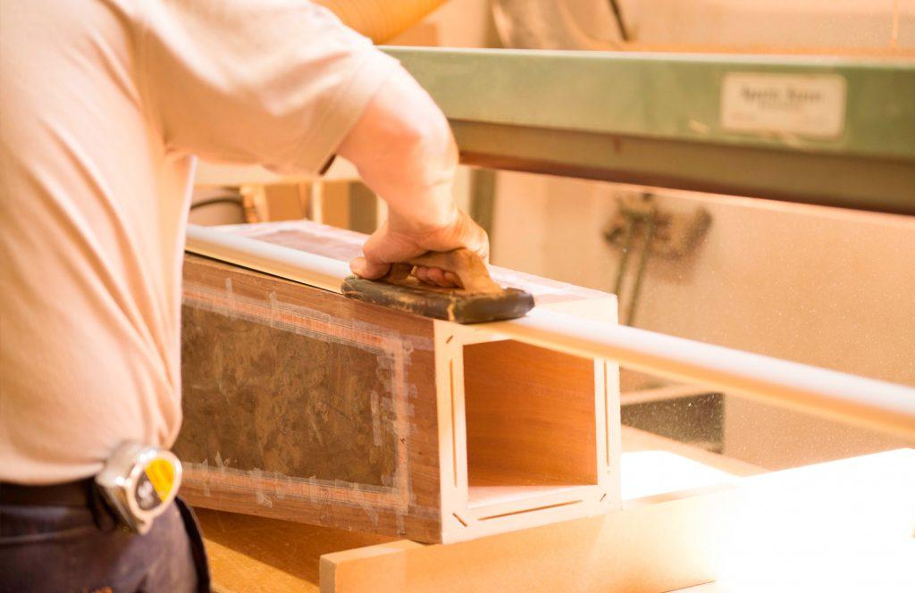 Ebanistas MJMorell OUTSOURCING - Revestimientos de madera